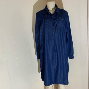 🔵 2 for $10🔵Maternity Jean Dress Size: Large